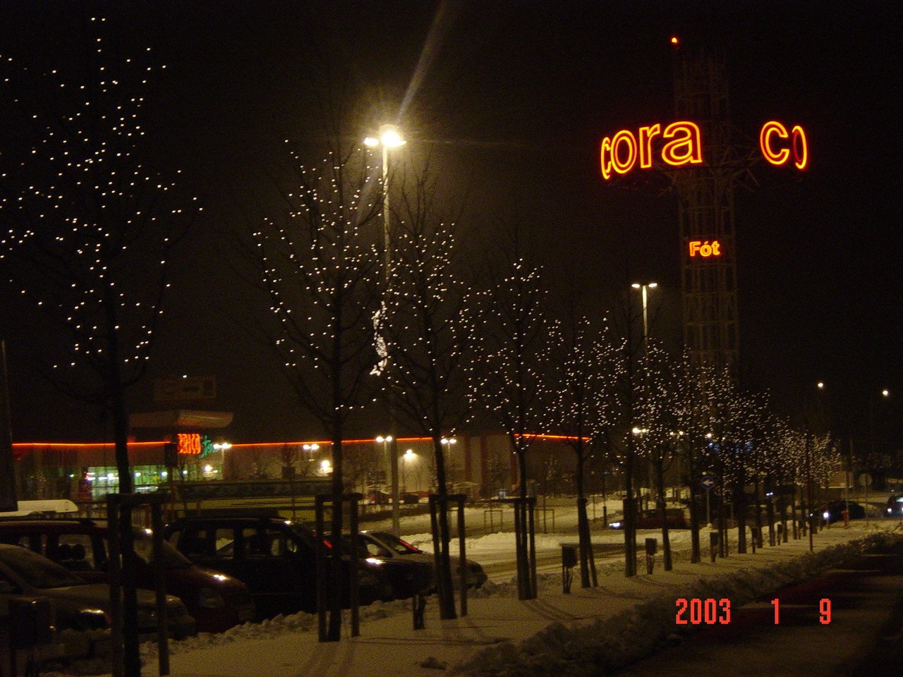 Cora Budapest
